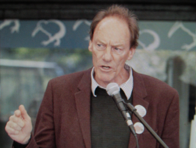 Bothering the Oligarchy: John Minto's forthrightness in social justice issues is an affront to New Zealand ruling class values.